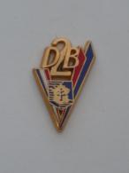 Pin's DEUXIEME DIVISION BLINDEE, LECLERC, CROIX DE LORRAINE, Signe BALLARD - Militair & Leger