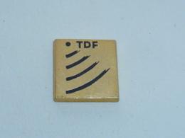 Pin's STATELITE TDF - Informatik