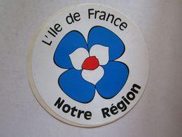 Publicité > Autocollants Autocollant L'île De France Notre Région - Autocollants