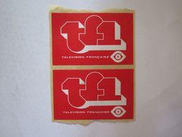 Publicité > Autocollants Autocollant TF1 T F 1 Télévision Française - Autocollants