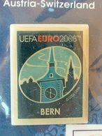 Pin's FOOTBALL - EURO 2008 - BERN - NEUF SOUS BLISTER - Fútbol