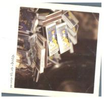 (H 20) Hong Kong (with Stamp) Small Size Postcard Shjowing Books - China (Hongkong)