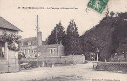 44-MAUVES LE PASSAGE A NIVEAU DU PONT - Francia