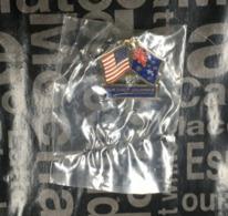 (Pins) Australia  - USA (nation's Friendship Pin With Northrop Grumman In Blue) - Militair & Leger