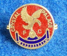CRYSTAL PALACE , ENGLAND FOOTBALL CLUB , ENAMELED PIN BADGE - Fútbol
