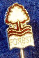 NOTTINGHAM FOREST , ENGLAND FOOTBALL CLUB , ENAMELED PIN BADGE - Fútbol