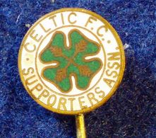 CELTIC SUPORTER CLUB , SCOTTISH FOOTBALL CLUB , ENAMELED PIN BADGE - Fútbol