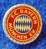 BAYERN MUNCHEN , GERMAN FOOTBALL CLUB , ENAMELED  PIN BADGE - Fútbol