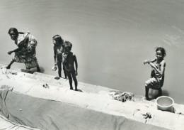 Inde Benares Mere? Et Enfants Sur Les Ghats Ancienne Photo Defossez 1970's - Ethniques, Cultures
