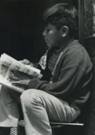 Mexique Mexico Jeune Garçon Lisant Ancienne Photo Defossez 1970's - Ethniques, Cultures