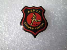 PIN'S   ASPTT  CLERMONT FERRAND - Pin