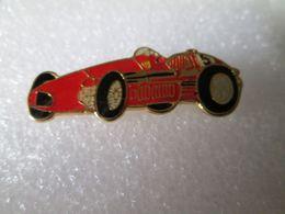 PIN'S     FERRARI  GRAND PRIX 1950 - Ferrari