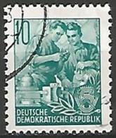 ALLEMAGNE / REPUBLIQUE DEMOCRATIQUE  N° 121 OBLITERE - DDR