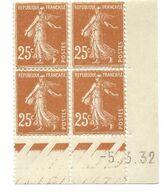 Semeuse Bloc De 4 - 25c Jaune-brun N° YT 235 - Coin Daté 5. 3. 32 - 1930-1939