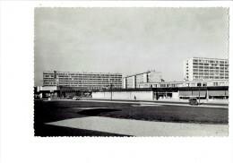 21 DIJON - Place Centrale Des Grésilles - Pharmacie Du Square Supermarché SUMA SUPER Coop Renault Fregate Camionnette ? - Dijon