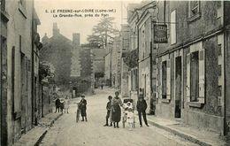 Le Fresne Sur Loire * La Grande Rue Près Du Port * épicerie Buvette - Francia