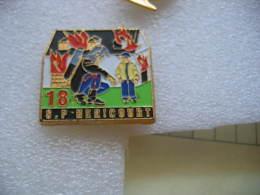 Pin's Des Sapeurs Pompiers De La Ville De HERICOURT (Dept 70). - Pompiers