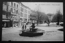 CPA - LE VIGAN (30) - Place Du Quai - Le Vigan