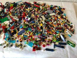 LOTTO MATTONCINI LEGO KG.3,4 NON LAVATI MISTO. - Lots
