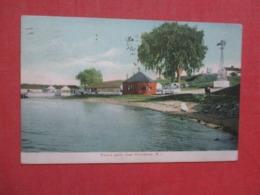 Rhode Island > Field's Point  Near  Providence .    Ref 4283 - Providence