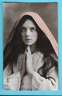 CHISTIANISME---jeune Femme--voir 2 Scans - Otros