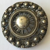 Broche Vintage Cerclée De Perles - Brochen