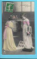 FANTAISIE----JOYEUSES PÂQUES---fillettes En Classe Tabeau Noir---voir 2 Scans - Pâques