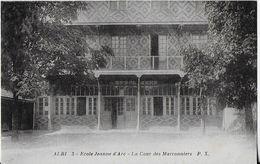 ALBI : Ecole Jeanne D'Arc - Cour Des Marronniers - Albi