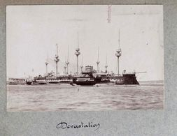 """Photographie Circa 1900 - Bateau """" Dévastation """" Cuirassé D'Escadre à Réduit Central - Barcos"""