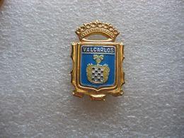 Pin's Armoiries De VALCARLOS, Village Espagnol Dans La Province De NAVARRE - Cities
