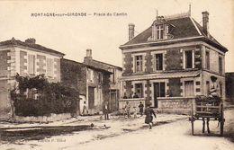 D17  MORTAGNE SUR GIRONDE  Place Du Centre - France