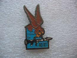 Pin's De La 11e Compagnie Du 40e Régiment De Transmissions Basé à Thionville - Militair & Leger