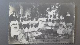 SEYCHELLES - SEYCHELLEN INSELN - MAHÉ - FILLES DE VICTORIA ... - RPPC - Seychelles