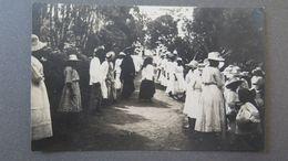 SEYCHELLES - SEYCHELLEN INSELN - FÊTE DU SACRÉ COOEUR SUR LA MONTAGNE DE BEAUVOIR, JUIN 1922 - RPPC - Seychelles