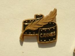 Pin's CANNES - Cities