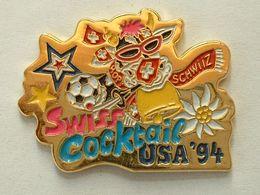 Pin's FOOTBALL - WORLD CUP USA 94 - VACHE - Fútbol