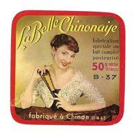 ETIQUETTE De FROMAGE..CARRE ..fabriqué à CHINON ( 37-B)..La Belle Chinonaise - Fromage