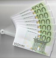 EVENTAIL CONFECTIONNEE AVEC BILLETS 100 EUROS EN PLASTIC . TRES BEL ETAT VOIR SCANS . - Specimen