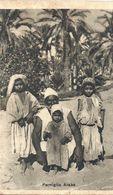 08 - 2020 - LYBIE - Colonie Italienne- Famiglia Araba - Gros Plan - Petite Pliure BD - Libyen