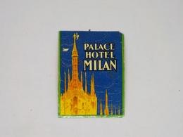 Cx13 CC1) Palace Hotel Miilan Hotel Label Etiquette Itália 7,5x5,5 Cm - Etiketten Van Hotels