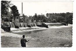 PECHEUR à La LIGNE à BRIENON SUR ARMANCON (89) - Barrage Du Moulin - Pêche