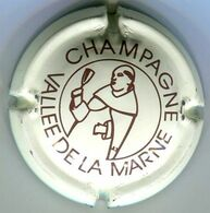 CAPSULE-CHAMPAGNE VALLEE DE LA MARNE DOM PERIGNON N°08 Blanc Cassée - Vallée De La Marne