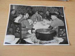 "Sammelbild Nr.48 Aus Dem Album ""Adolf Hitler."" - Documents"