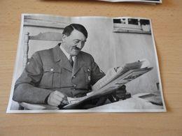 "Sammelbild Nr.49 Aus Dem Album ""Adolf Hitler."" - Documents"