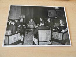 "Sammelbild Nr.62 Aus Dem Album ""Adolf Hitler."" - Documents"