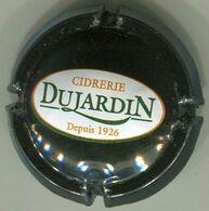 CAPSULE-CIDRERIE DUJARDIN Noir Blanc Vert & Orange - Capsules & Plaques De Muselet