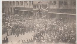PARIS CATASTROPHE DU METROPOLITAIN 10 AOUT 1903 LA COUR DE LA CITE PENDANT LES OBSEQUES PRECURSEUR TBE - Pariser Métro, Bahnhöfe