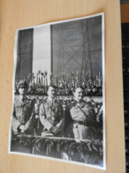 "Sammelbild Nr.80 Aus Dem Album ""Adolf Hitler."" - Documents"
