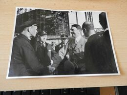 "Sammelbild Nr.84 Aus Dem Album ""Adolf Hitler."" - Documents"