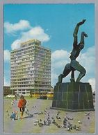NL.- MONUMENT - MEI 1940 - VERWOESTE STAD -. Van O. ZADKINE. 1968. Duiven. STAD ROTTERDAM 1720. BUS, TRAM. - Monuments